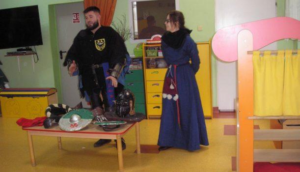 Średniowieczny rycerz w  przedszkolu – 10.02.2020